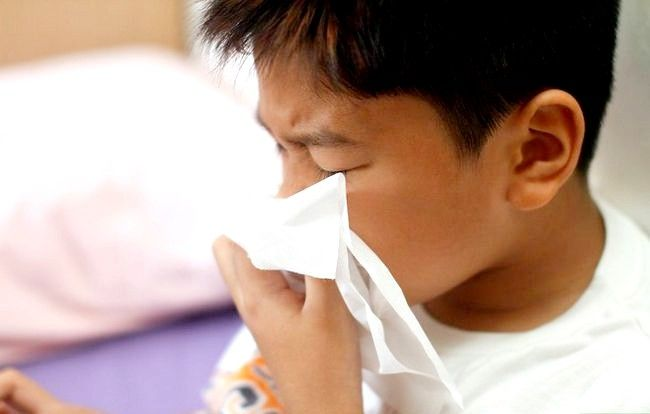Beeld getiteld Beskerm jou kind van verkoue en griep tydens die vakansie Stap 2