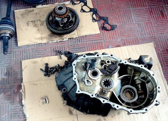 Prent getiteld Weet of `n motor `n nuwe koppelaar nodig het 3