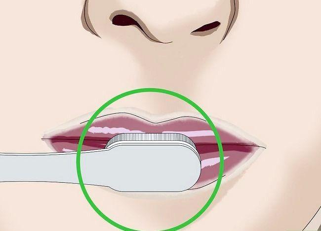 Prent getiteld Kylie Jenner Lips Stap 14
