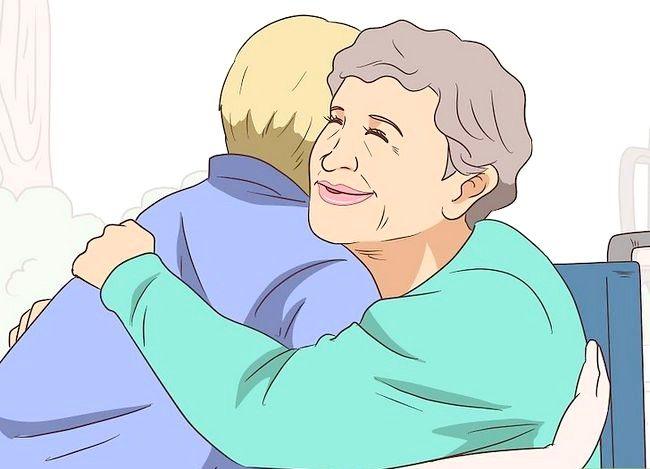 Prent getiteld `n gesprek met `n bejaarde persoon hê. Stap 11