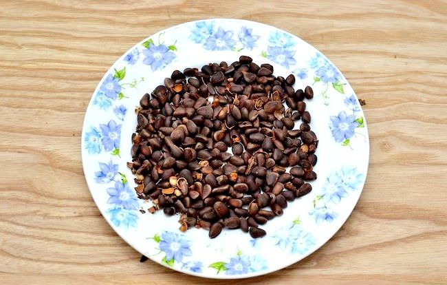 Prent getiteld Roast Pine Nuts Stap 15