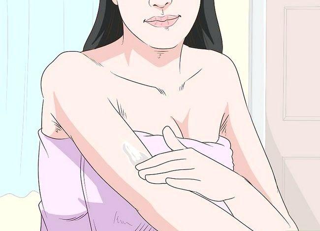 Beeld getiteld Gebruik Baby olie in jou skoonheid roetine Stap 10