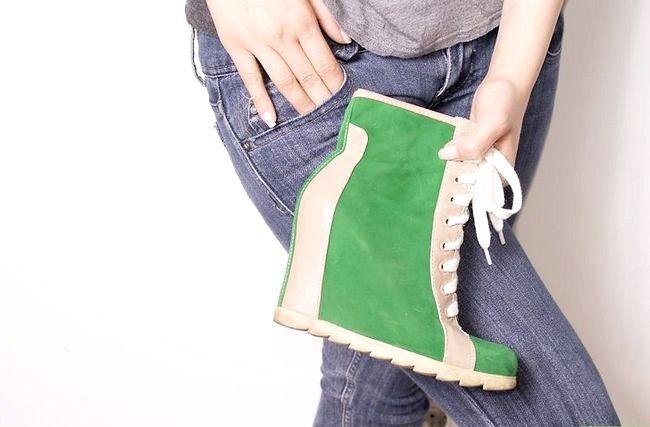 Prent getiteld Wear Wedge Sneakers Stap 12