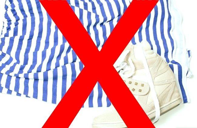 Prent getiteld Wear Wedge Sneakers Stap 13